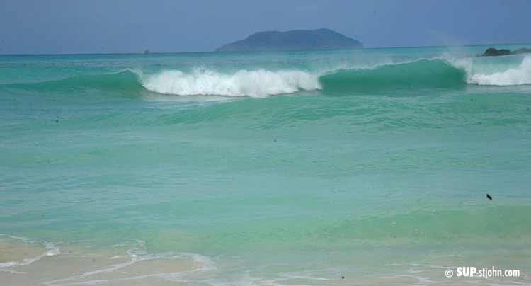 surfing-cinnamon-bay-stjohn-usvi