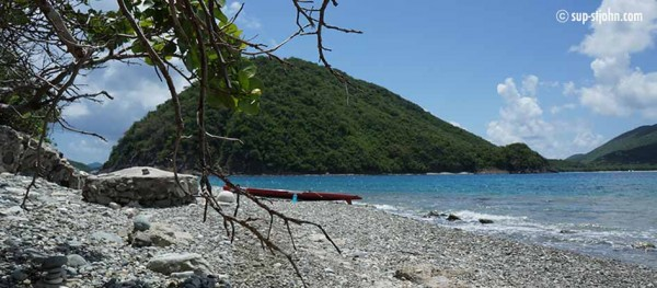 paddleboard-to-whisling-cay